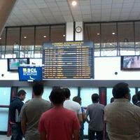 Photo taken at Aeropuerto Internacional Comodoro Arturo Merino Benítez (SCL) by Matías E. on 12/10/2011