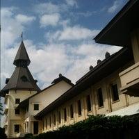 Photo taken at Thammasat University by The Nuk |. on 8/25/2012