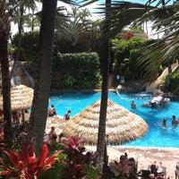 Photo taken at The Westin Maui Resort & Spa, Ka'anapali by david l. on 7/30/2012