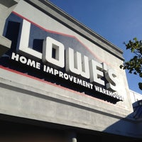 Photo taken at Lowe's Home Improvement by Richard C. on 8/6/2012