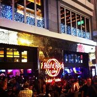 Photo taken at Hard Rock Café Hong Kong by Colin C. on 11/26/2011