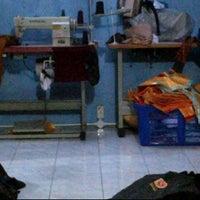 Photo taken at Elly Konveksi by Dedi D. on 12/19/2011