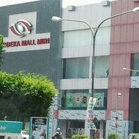 Photo taken at Merdeka Mall by Lestary H. on 10/11/2011