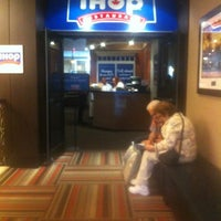 Photo taken at IHOP by Elle B. on 8/30/2012