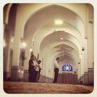 Photo taken at Masjid Sultan Ismail by Eddie C. on 10/21/2011