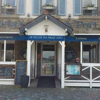 Photo taken at Le Relais du Vieux Port by Sophie F. on 6/19/2012