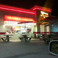 Photo taken at In-N-Out Burger by AJ T. on 8/17/2011