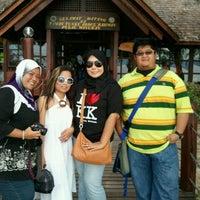 Photo taken at Manukan Island by nids on 11/28/2011