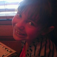 Photo taken at Texas Roadhouse by Artee R. on 5/13/2012