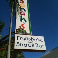 Photo taken at Jonah's Fruitshake and Snackbar by Janet on 5/6/2012