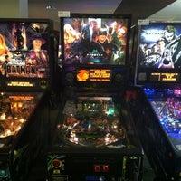 Photo taken at Pinballz Arcade by Javi T. on 10/4/2011