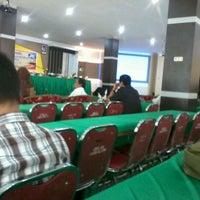 Photo taken at Universitas Lancang Kuning by Sucy F. on 6/5/2012