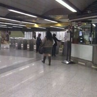 Photo taken at Metro Colon by Miquel A. on 12/23/2011