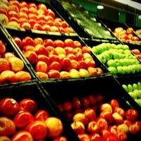Photo taken at H-E-B plus! by Naomi A. on 9/27/2011