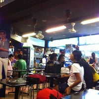 Photo taken at Holland Village Lion King Coffeeshop by Stanley W. on 3/9/2011