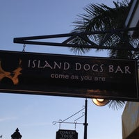 Photo taken at Island Dogs Bar by Boo boo isa on 6/12/2012