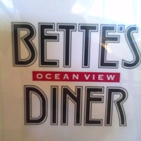 Photo taken at Bette's Oceanview Diner by Varand O. on 2/13/2011