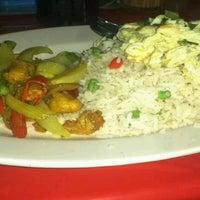 Photo taken at Awe Tomyam & Seafood by Fazril on 9/19/2011