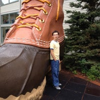 Photo taken at L.L.Bean Home Store by Dan F. on 9/2/2012