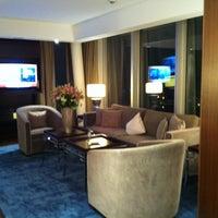 Photo taken at Jumeirah Frankfurt by Marta K. on 12/31/2011