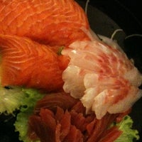 Photo taken at Sushidoro by Mery on 8/6/2012