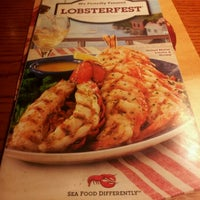 Photo taken at Red Lobster by evetta g. on 3/7/2012