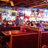 Photo taken at Red Robin Gourmet Burgers by Isabelle S. on 7/12/2012