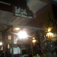Photo taken at Hot Pot Restoran & Cafe by Anuar Idzuari M. on 12/3/2011