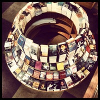 Photo taken at Livraria Cultura by Lucas M. on 4/10/2012