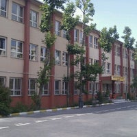 Photo taken at Bahcelievler Anadolu Lisesi by Aykut A. on 5/27/2012
