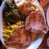 Photo taken at Cracker Barrel Old Country Store by Keith S. on 7/21/2011