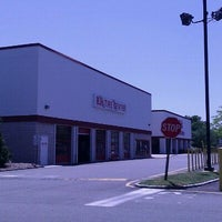 Photo taken at BJ's Wholesale Club by Natalie S. on 6/2/2011