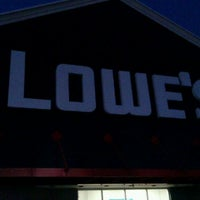 Photo taken at Lowe's Home Improvement by Keith C. on 8/31/2011
