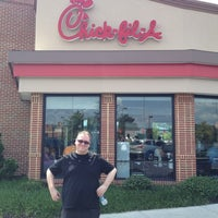 Photo taken at Chick-fil-A by kyser t. on 8/6/2012