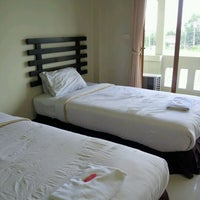 Photo taken at Amorn Sukhothai Hotel by Siraporn P. on 5/5/2012