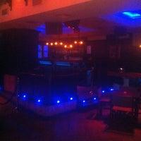 Photo taken at Cafe Pub Ganivet 13 by No solo una idea on 2/14/2012