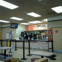 Photo taken at Wendy's by Andre L. on 12/4/2011