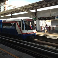 Photo taken at BTS Saphan Khwai (N7) by danita k. on 1/20/2012