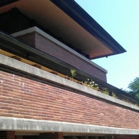 Photo taken at Frank Lloyd Wright Robie House by Pepe C. on 8/1/2012