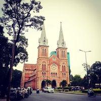 Photo taken at Saigon Notre-Dame Basilica by Chermin L. on 8/17/2012