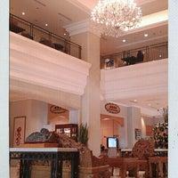 Photo taken at 寒軒國際大飯店 Han-Hsien International Hotel by Hung S. on 9/18/2011