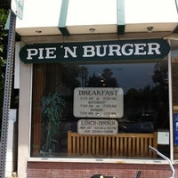 Photo taken at Pie 'n Burger by Kokopuff on 6/9/2012