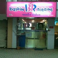 Photo taken at Baskin & Robins by Vaibhav P. on 10/12/2011