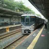 Photo taken at JR 三国ヶ丘駅 (Mikunigaoka Sta.) by yakiyaki j. on 8/15/2012