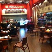 Photo taken at Juan Valdez Café by Marcelo F. on 7/20/2011