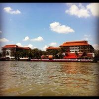 Photo taken at Anantara Bangkok Riverside Spa & Resort by =YuY= on 1/21/2012