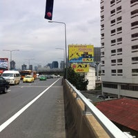 Photo taken at Si Rat Expressway Sector A by Peeyapat R. on 8/29/2011