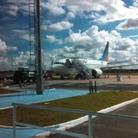 Photo taken at Aeroporto de Teresina / Senador Petrônio Portella (THE) by Alisson M. on 4/19/2011