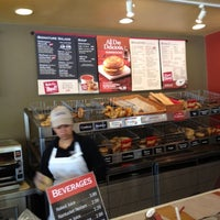 Photo taken at Bruegger's Bagels by Bee 7. on 4/17/2012