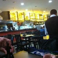 Photo taken at Violeta Bar & Restaurante by Fernando H. on 5/31/2012